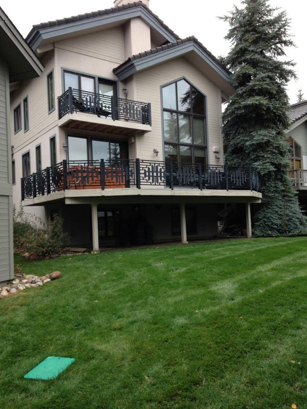 Back of House - Family Home @ Landings! 4 Bdrm/5 Ba;  Sleeps 12 - Steamboat Springs - rentals