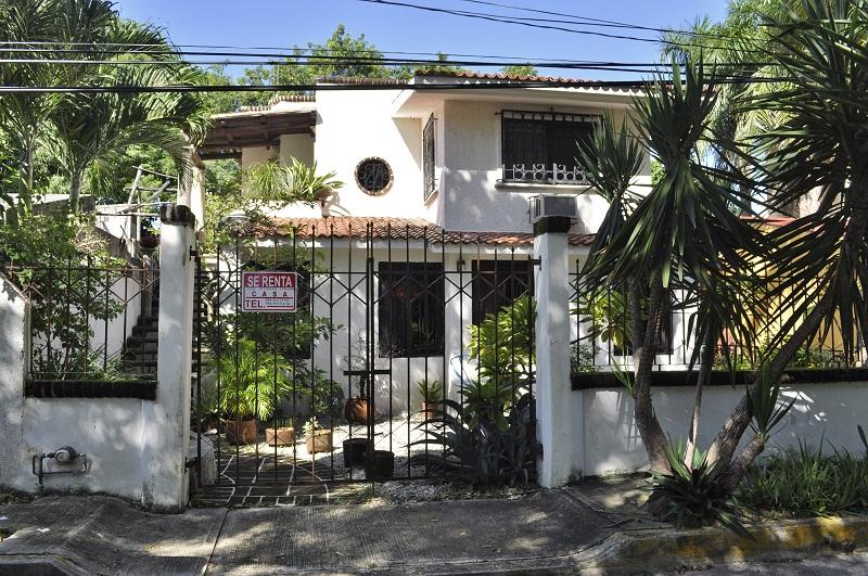 fachada - House for 2 or 4 people 1 block from Fifth avenue - Playa del Carmen - rentals