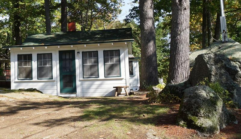 Cozy Cottage faces lake - #2 Cozy Cottage on Paugus Bay Lake Winnipesaukee, NH - Laconia - rentals
