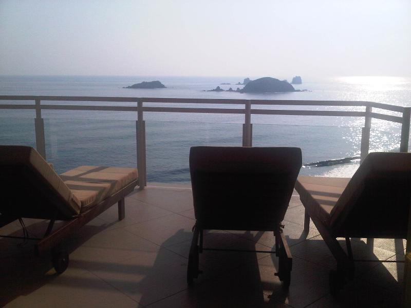 Western Views From Your Private Terrace - Luxury 5 Star Condo Ixtapa Beachfront Sunset Views - Guerrero - rentals