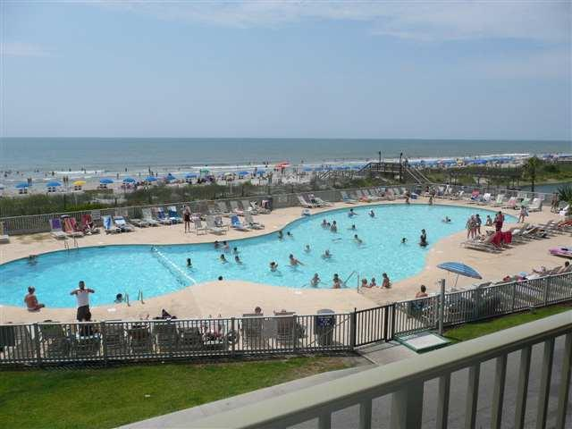 Main pool with view of the beach with it's private entrance - Myrtle Beach Resort condo - Myrtle Beach - rentals