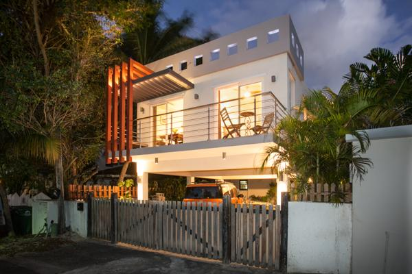 Front view from road - Simpson Bay Beach  New Modern Luxury 1 Bedroom - Simpson Bay - rentals