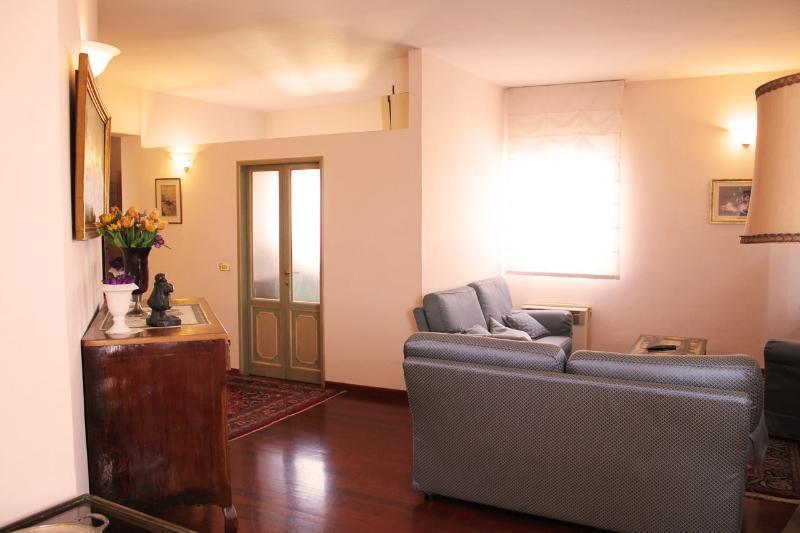 FLORENCETOGETHER APARTMENTS D'ANNUNZIO - Image 1 - Florence - rentals