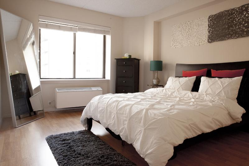 Gorgeous One Br with View of Empire State Building - Image 1 - New York City - rentals