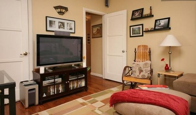 Comfortable Living room awaits you - Secluded Yet Convenient Apartment in Toluca Lake - Burbank - rentals