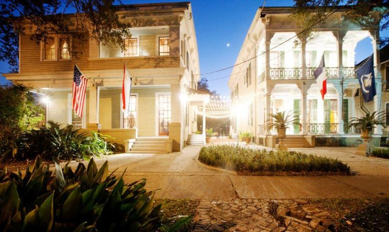 Front of House at night - Degas House - New Orleans - rentals