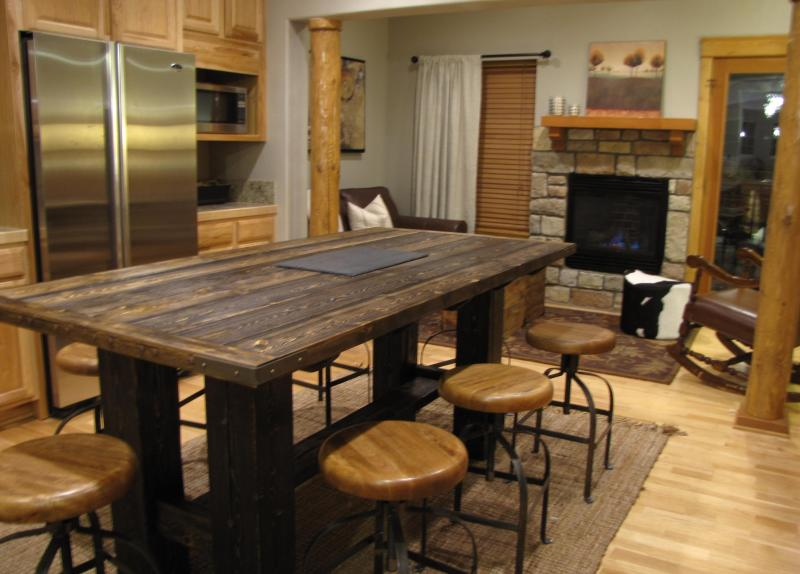 Large custom island seats 8+ people. A great place to gather. - In the heart of Winter Park, CO - Winter Park - rentals