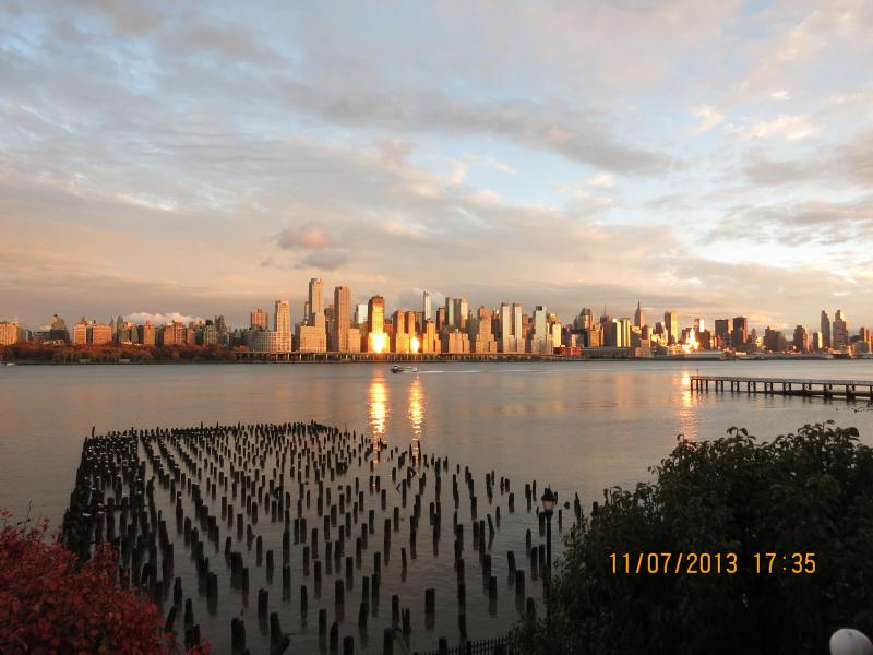 View From the Balcony - SUPER BOWL RENTAL - Gorgeous Waterfront Condo With Stunning NYC View - West New York - rentals
