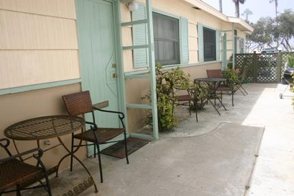 747 San Fernando Place- Exterior 1 - Cozy Studio/Flat Steps to the Ocean- Sleeps 2 - San Diego - rentals