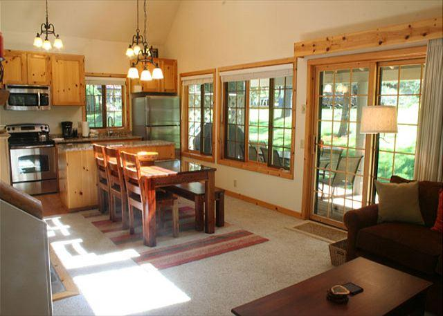 Charming Cabin with Large Covered Decks - Image 1 - Sunriver - rentals