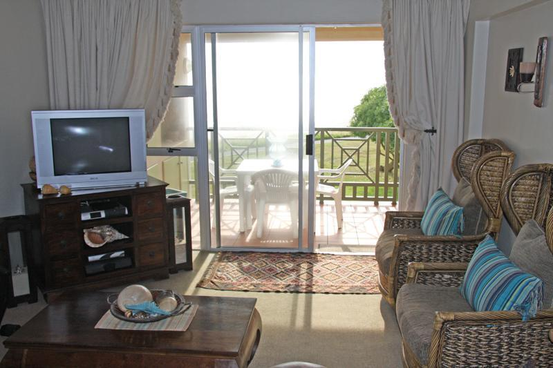 Magnificent Beach Front Apartment in Golf Estate - Image 1 - Strand - rentals