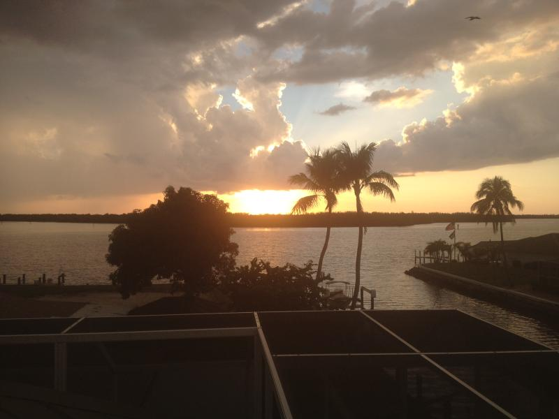 Stunning Sunsets from your deck - Island Waterfront Paradise - Marco Island Area - Naples - rentals