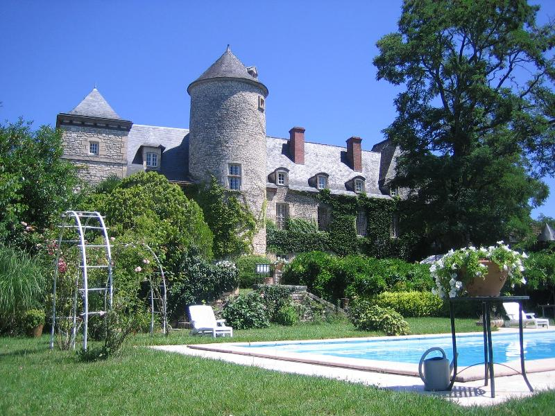Front of Chateau - Romantic Dordogne Chateau with pool - Sergeac - rentals