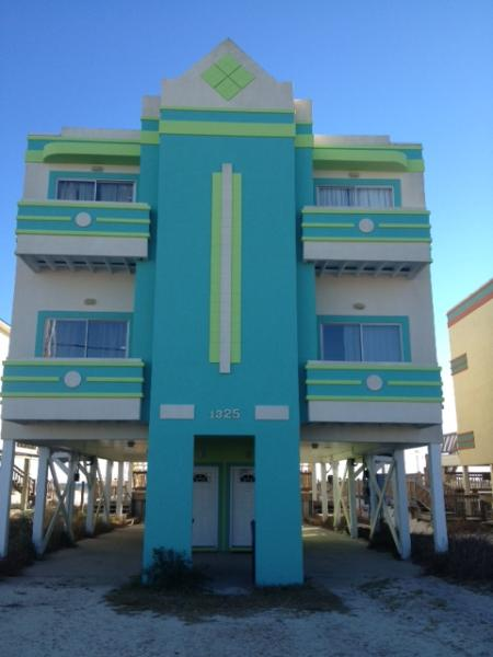 Gulf Front with pool, New Paint! - Gulf front duplex with POOL! 4 bedrooms/3 baths! - Gulf Shores - rentals