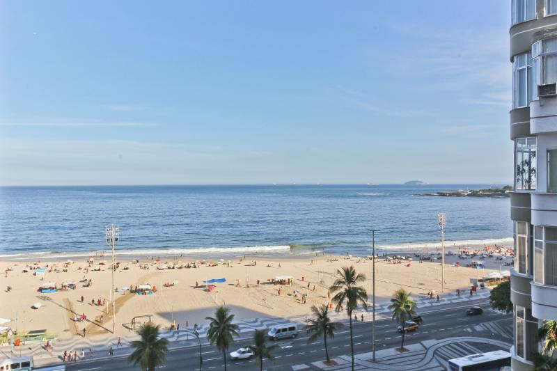 RioBeachRentals - Ocean View One Bedroom - Image 1 - Copacabana - rentals