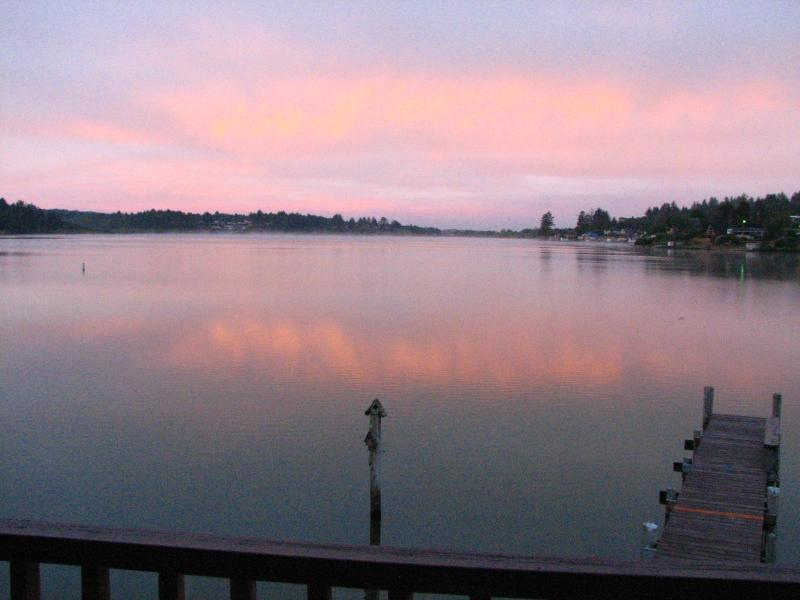 West facing home for sunset views - Brannholm Lakefront Home with Dock-Pet Friendly - Lincoln City - rentals