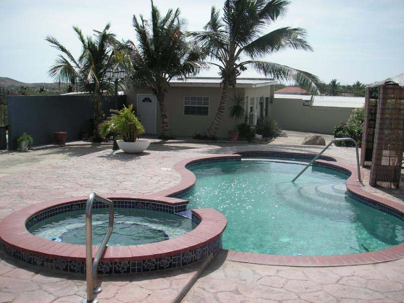 Trendy apartment in Aruba! - Image 1 - Oranjestad - rentals