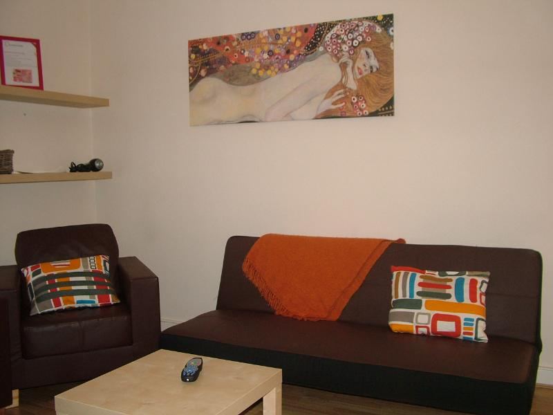 Cosy 3 bed serviced flat, N4 - Image 1 - London - rentals