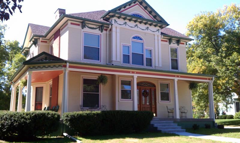 The Pryor House - The Pryor House Bed & Breakfast - Shelby - rentals