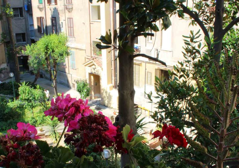 garden - Vatican Quite Apartment - Vatican City - rentals