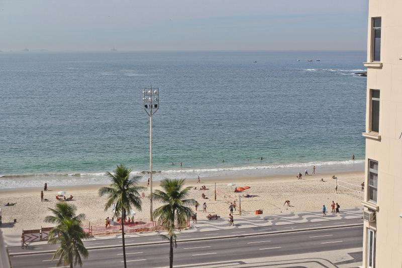 RioBeachRentals - Beautiful Ocean View 2 Bedroom - Image 1 - Ipanema - rentals