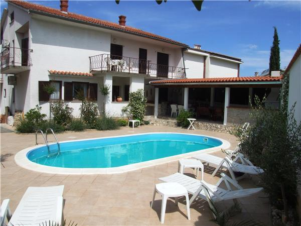 Apartment for 8 persons, with swimming pool , in Krk - Image 1 - Malinska - rentals
