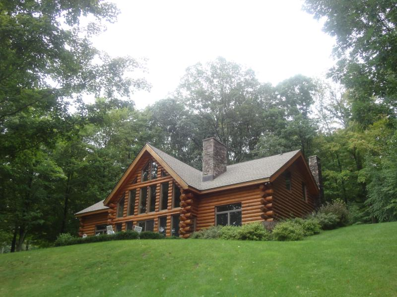 Luxury Country Estate:Great Views, Perfect Gateway - Image 1 - Ancram - rentals