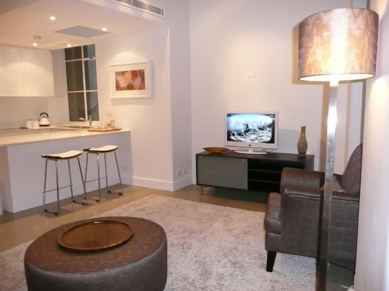 Beautiful one bedroom in the heart of the city - Image 1 - Sydney - rentals