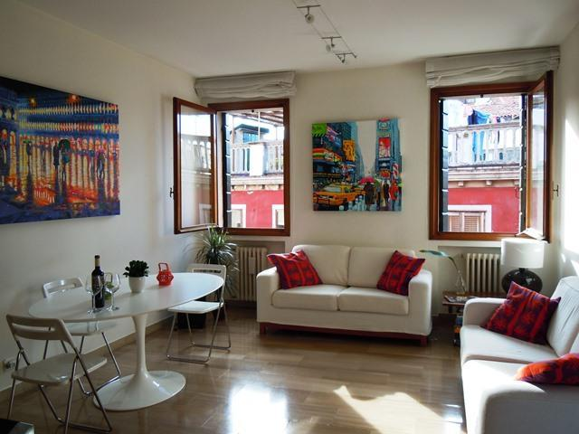 Open space designer living/dining room - Charming Penthouse with a Terrace, AC, FREE WIFI - Venice - rentals