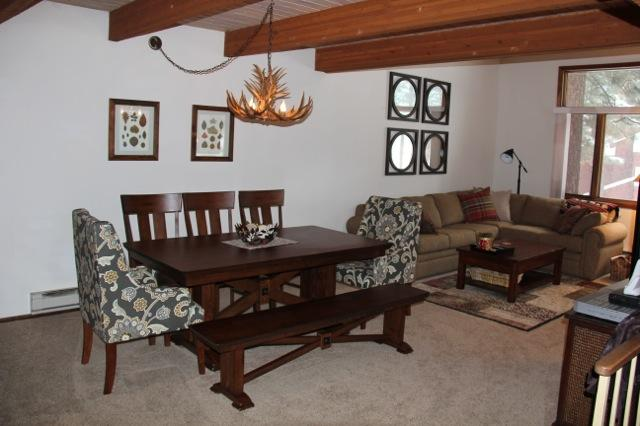 Dining area seats 8+ - Winterset # 16, Newly redecorated. Central Location Next to Shuttle and Shops. - Mammoth Lakes - rentals