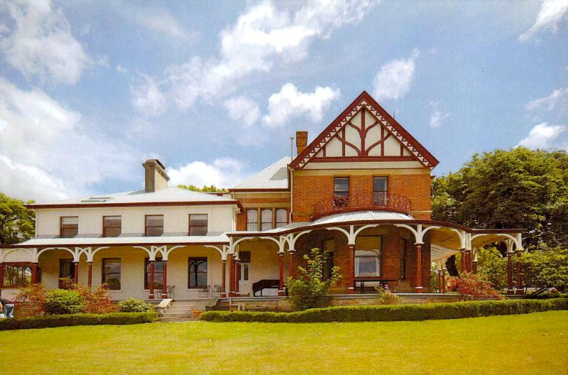 Stay in one of Australia's most historic houses in a self contained private apartment with own entrance - Old Bishop's Quarters - Central 2 Bed Apartment - Hobart - rentals