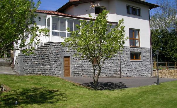 Apartments overlooking the peaks of Europe  - for 5 people - ES-1071307-CANGAS DE ONIS - Image 1 - Romillo - rentals