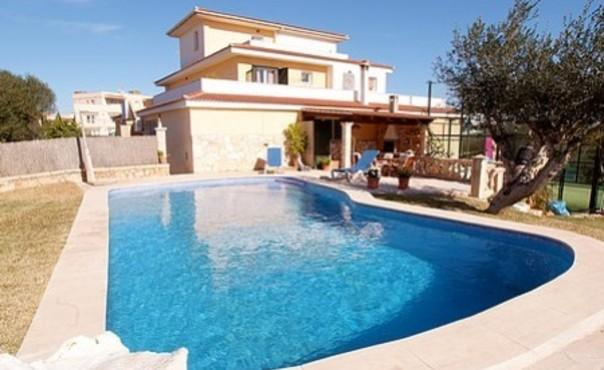 Beautiful villa, only 15 minutes from beach  - near to the port of Colom - ES-847-Porto Colom - Image 1 - Porto Colom - rentals