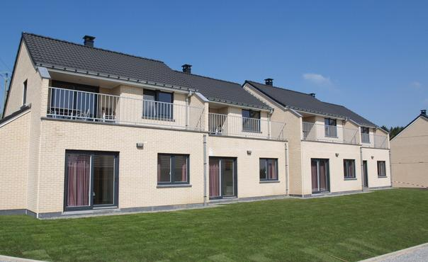Luxury semi-detached holiday for up to 8p with four bedrooms. Opp. approx 100m2 - LU-1049175-HOSINGEN - Image 1 - Hosingen - rentals