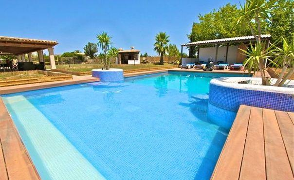 Holiday home for 10-12 persons  just 2 kms from the beach  - ES-1058699-Alcudia - Image 1 - Puerto de Alcudia - rentals