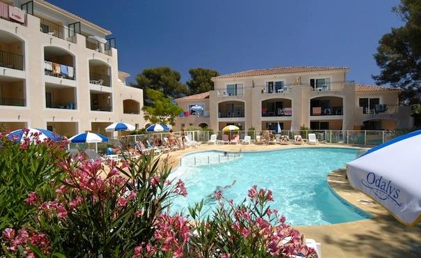 Apartment with outdoor pool in a nice place   - max 7 people - FR-1071015-Six fours les Plages - Image 1 - Six-Fours-les-Plages - rentals
