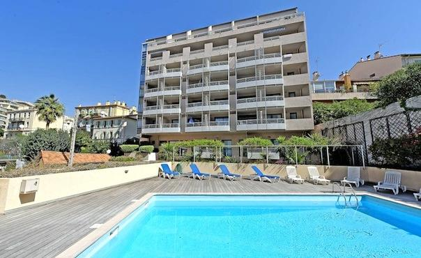 Nice Apartment in Cannes with outdoor pool  for max. 4 people - FR-1071018-Cannes - Image 1 - Cannes - rentals
