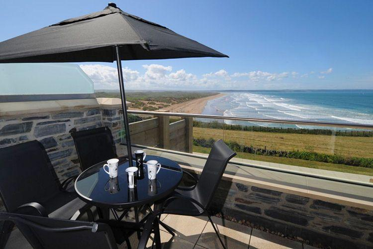 Dine al fresco or simply take in the view - 4 Ocean Point - Saunton - rentals