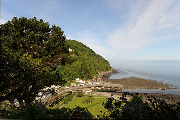 View accross Lynmouth from Seaview Apartment - Seaview Apartment - Lynton - rentals