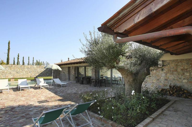 Special rates for staying within 14.06. Enjoy! - Image 1 - Montaione - rentals