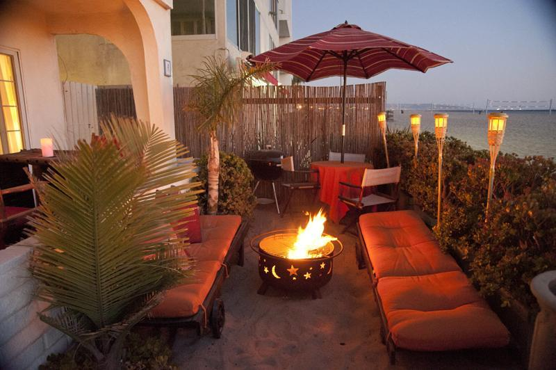 Our outdoor beachfront living room! With fire pit, tiki torches, dining table+ lounge chairs + SAND! - BEACHFRONT  BEDROOM  w/PRIVATE BATH in shared home - Marina del Rey - rentals