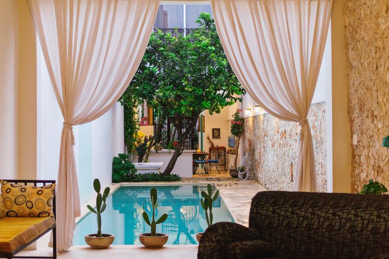 Contemporary chic and great pool meets old world charm - Image 1 - Merida - rentals