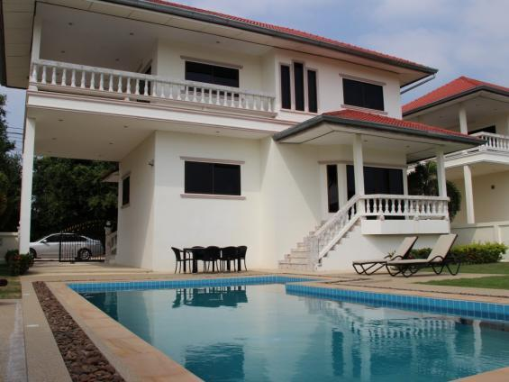 Villas for rent in Hua Hin: V6068 - Image 1 - Hua Hin - rentals