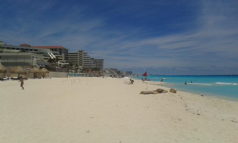 beach on the property - 3 Bedroom Villa on the beach with private access to the beach - Cancun - rentals