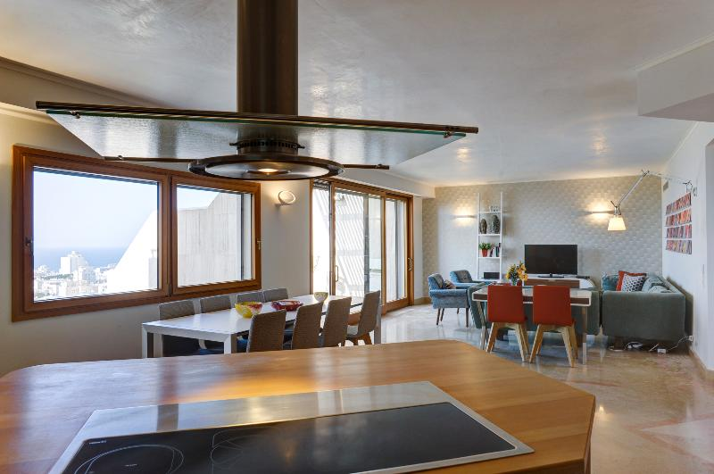 Living Space - Stunning 3 Bedroom with Breathtaking View - Tel Aviv - rentals