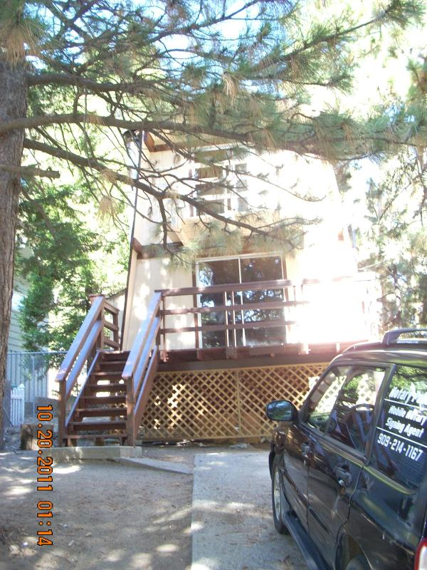 front view - Cozy Cabin in Quaint Running Springs, Ca in town - Running Springs - rentals