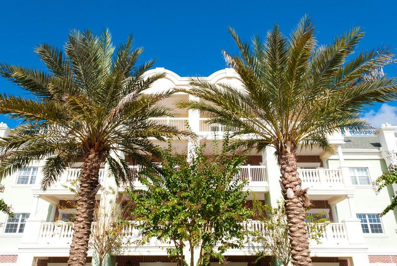Front - 3 bedroom condo with waterpark nearby - Reunion - rentals