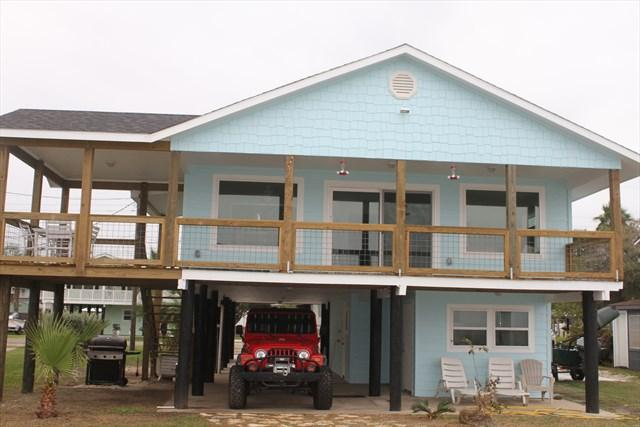 View of House Back facing the Bay - Edgewater - Copano Bay Fishing and Relaxing - Rockport - rentals