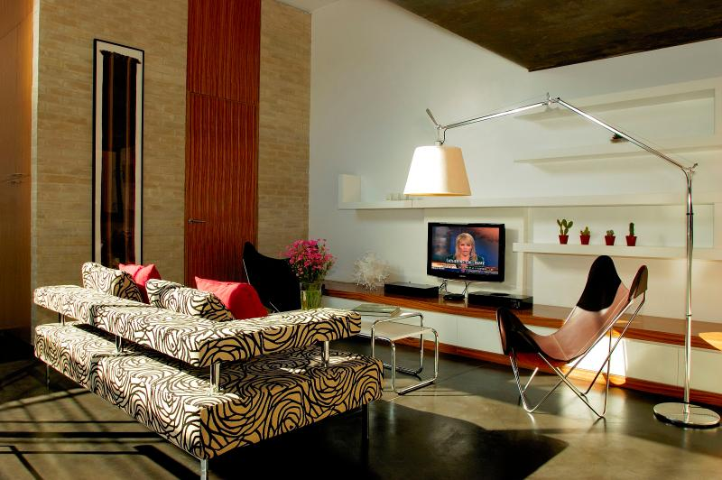Living room - 3LEVEL DREAM WITH PRIVATE POOL 2 BED/2 BATH (PF3) - Buenos Aires - rentals