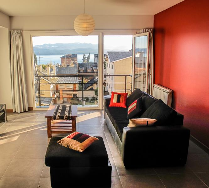Beautiful and modern apartment with Lake View! - Image 1 - Utracan - rentals